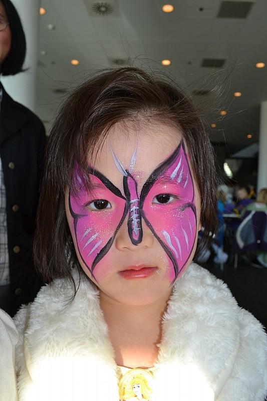 ansigtsmaling sommerfugl