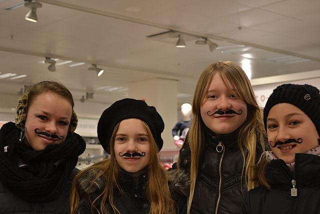 Overskæg ansigtsmaling